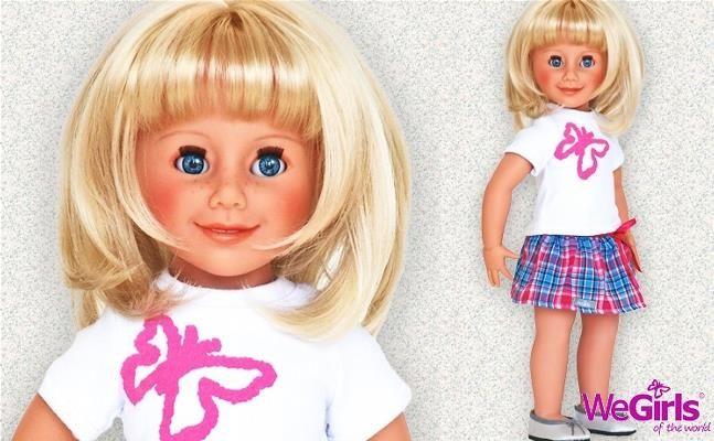 WeGirls - Lalka Przyjaciółka + karta klubowa - Jaka jest ta Dziewczynka? Ma błękitne oczy i jasne włosy. Chętnie się z Tobą zaprzyjaźni. Nadaj jej imię i unikalne cechy charakteru. Razem podbijecie cały świat!