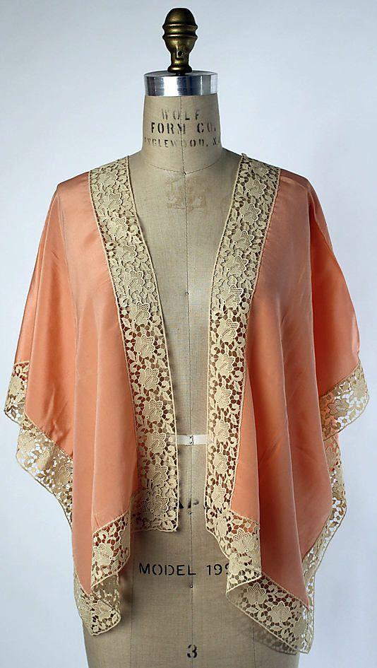 silk bed jacket 1915