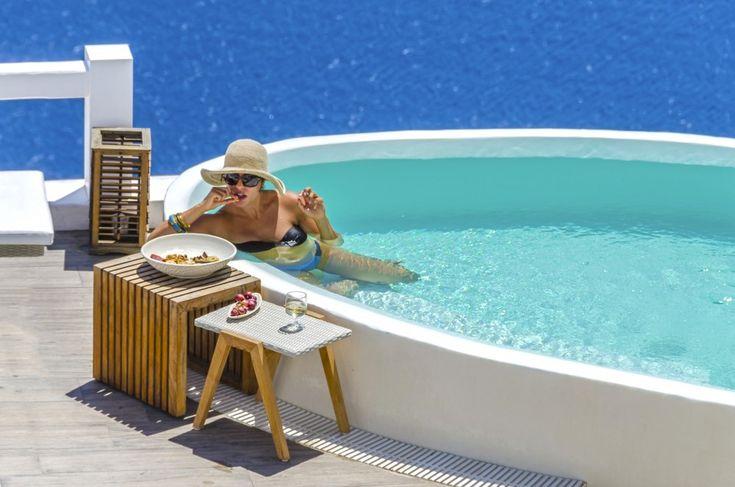 Luxury Santorini.more at aquasuites.gr