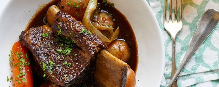 These slow-cooked short ribs make for a no-fuss dinner. Try serving them over rice, or enjoy the leftovers in a sandwich.