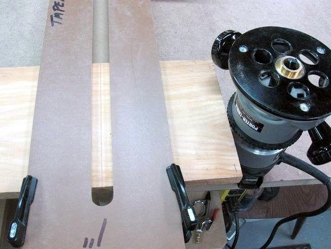 Pour fabriquer mon gabarit pour rainures à queue d'aronde coulissante fuselée j'utilise une planche de parquet laminée en HDF (High Density Fiberboard) de 7mm pour sa durabilité, sa rigidité et sa ...