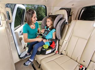 Ensure safe travels with this Britax Frontier 90 booster car seat. Product Features: ClickTight installation system; Side-impact protection; Base with SafeCell, etc.