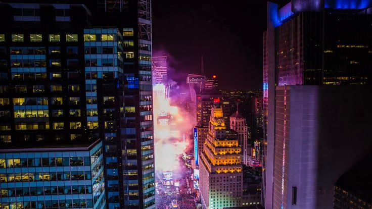Stunning Time-Lapse Video of New Year's Eve in New York City
