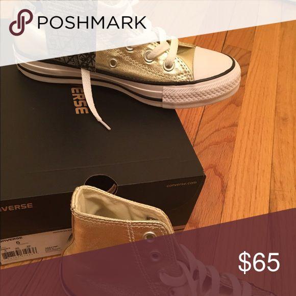 Converse Hi Top Chuck Taylors Metallic Light Gold Women's Size 5 Converse Shoes Sneakers