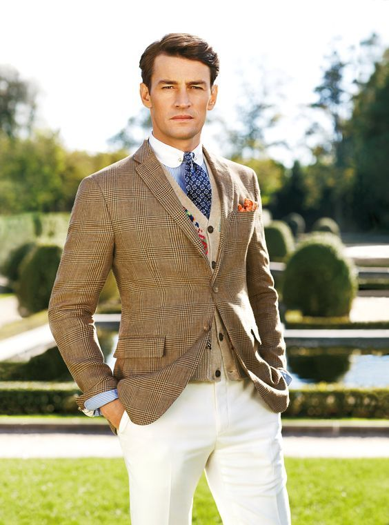 Old school. The cut is current but style is so old school British that you just have to love it…