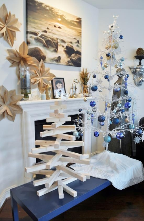 DIY Modern Wooden Christmas Tree