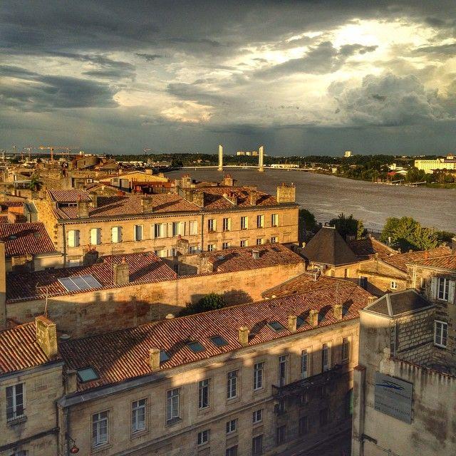 Quartier des Chartrons et pont Chaban-Delmas, Bordeaux