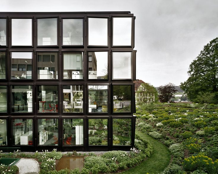 Zwei gläserne Flügelbauten am Girtannersberg, Herzog & de Meuron, Archiv der Räume-Ausstellung, Landesgalerie Linz