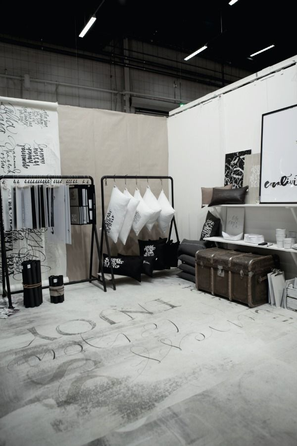 I love this!  Looks like a great craft show display...would love this to be my display ;)  so stylish.