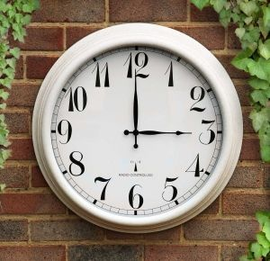 """Perfect Time Radio Controlled Outdoor Clock - 57.5 cm (23"""") Antique White"""