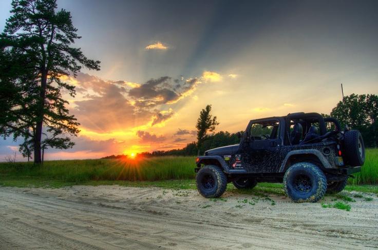 Jeeps & Sunsets....Nice!