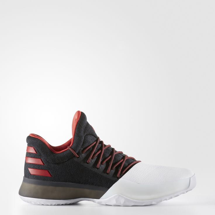 Before winning awards as pro, James Harden was a California state champion. These basketball shoes take it back to 2007, when he led his Artesia High School team to the state title. Low-cut for speed, these shoes wake the game up in a black knit upper accented with his red and white high school colors. They feature energy-returning boost™ plus a supportive midsole wrap. Stats from the senior's final game are detailed in the sockliner.