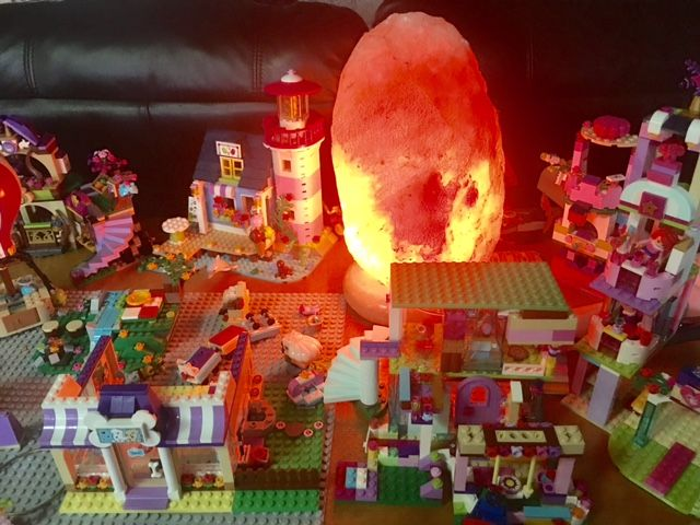 lego with Himalayan salt Surrounded by Lego blocks, Himalayan Salt Lamps aids in a more relaxing creative atmosphere