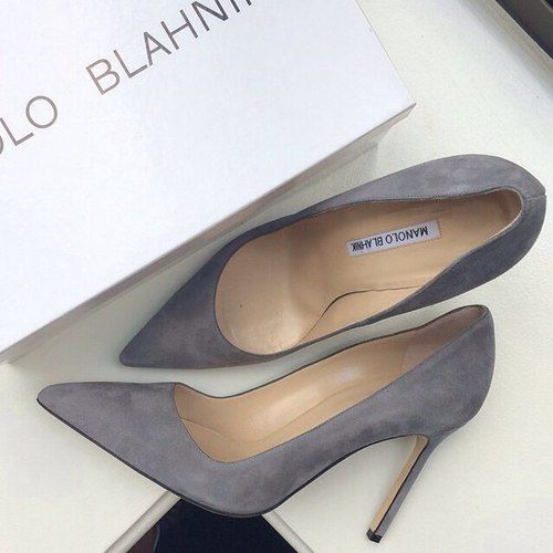 I absolutely love these! |Manolo Blahnik BB Suede Mid-Heel Pump, Gray