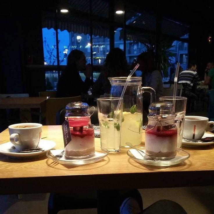 #friendstime #coffee #cheesecake #enjoy  by kristinaa_djordjevic