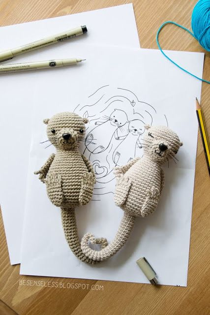 Festeggiare San Valentino con le Lontre all'uncinetto - St Valentines day with amigurumi otters