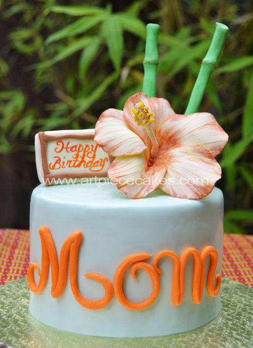 Hawaiian theme cake, I really like this.   I should put it on my cake board oh well.