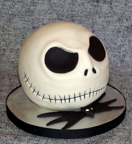 Gâteau d'Halloween : la tête de mort