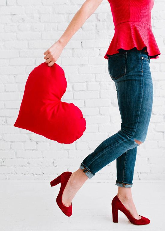 Como hacer este almohadón corazón con tela, facilísimo