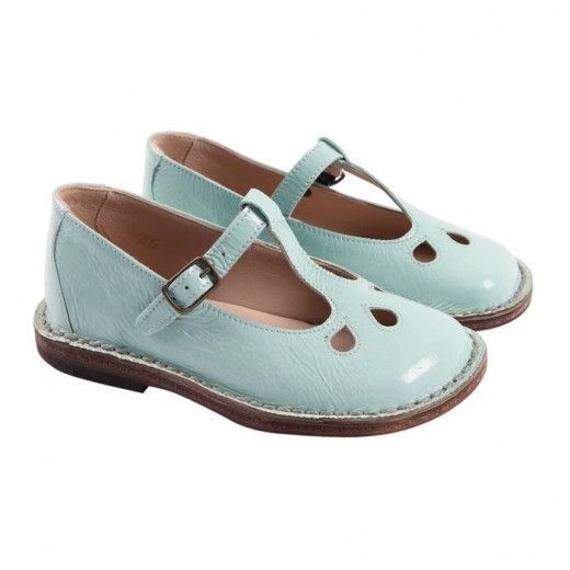 Pépé Vernice Babies  I  used to wear similar shoes when I was little...back in 80's