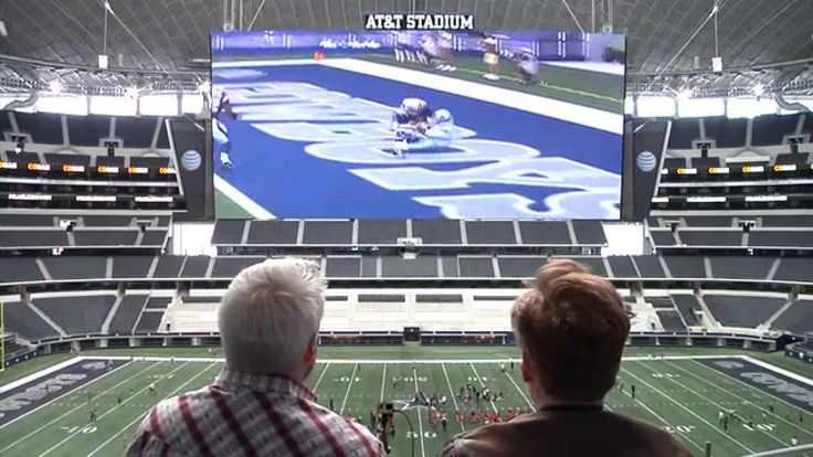 #ConanOBrien played Flower on one of the biggest screens in the world.  See his interesting take on the game here:  (2:22)