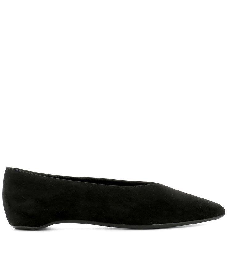 PIERRE HARDY BLACK SUEDE BALLERINAS. #pierrehardy #shoes #