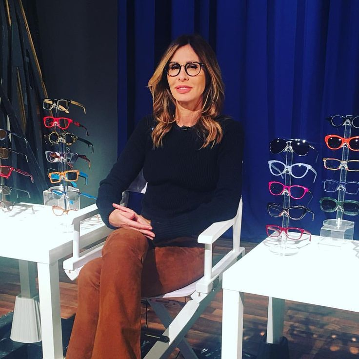 "4,448 Likes, 73 Comments - Carole Radziwill (@caroleradziwill) on Instagram: ""I had a great time today in the studio discussing eyewear, style and all things reading...  Love…"""