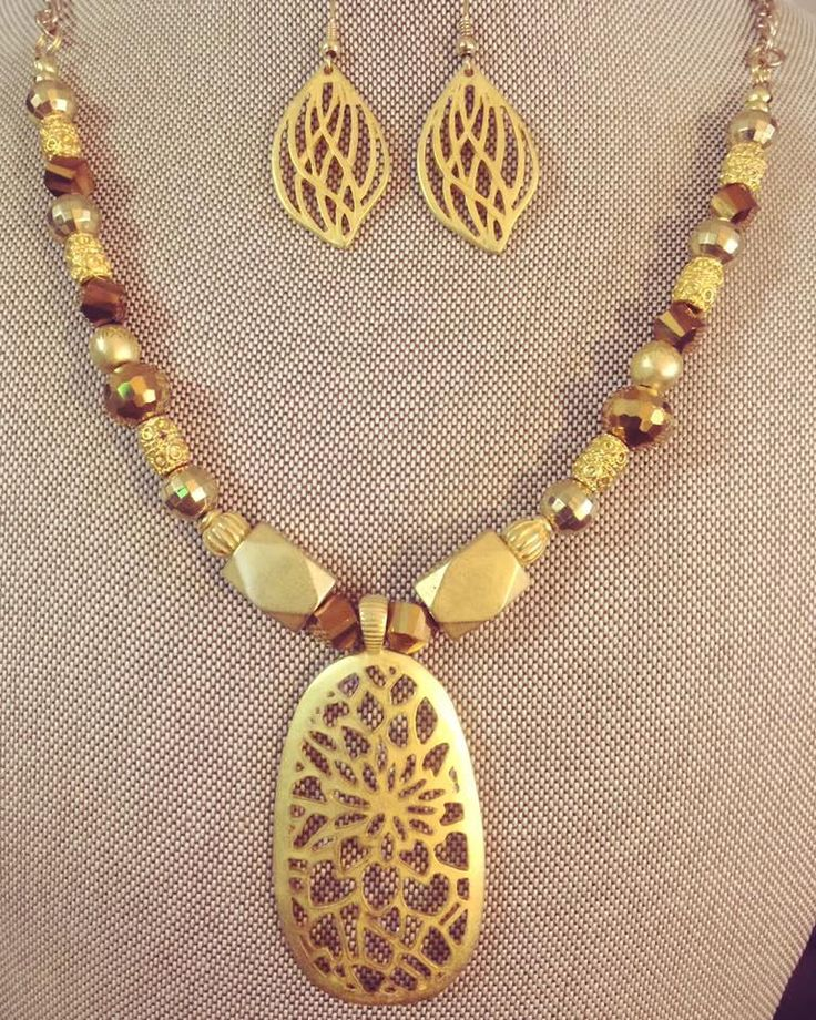 Gold Pendant Necklace Set by SuanleAccesories on Etsy