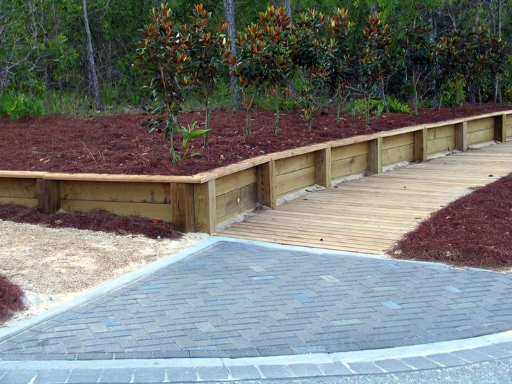 1000 ideas about wood retaining wall on pinterest. Black Bedroom Furniture Sets. Home Design Ideas
