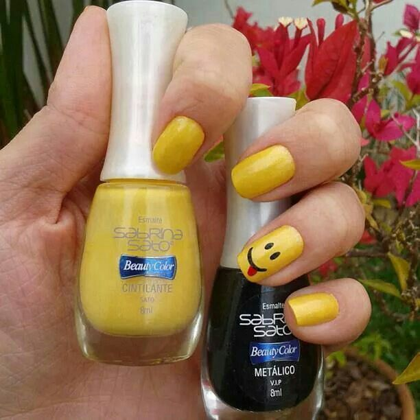 Yellow Nails with Cute Smiley Face/How Cute...