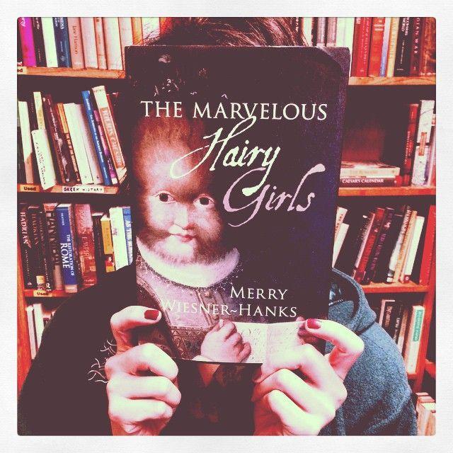 Obscure. #marveloushairygirls #greenapplebooks @bunnydee