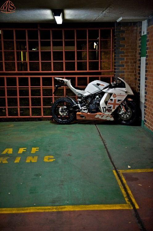 KTM RC8                                                                                                                                                      More