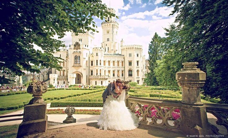 Svatba na zámku Hluboká nad Vltavou - wedding photography