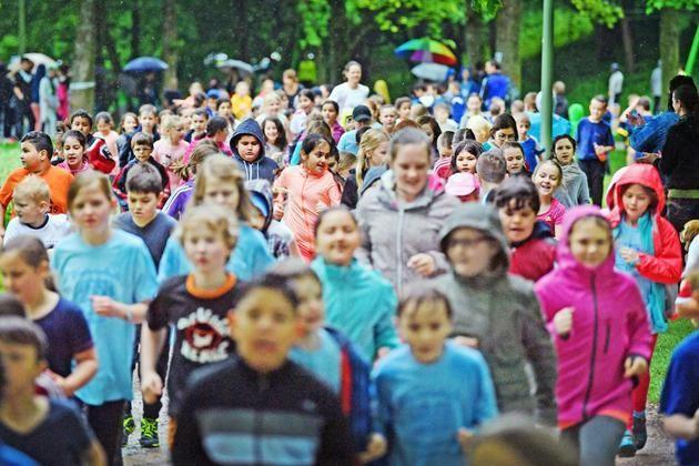 26. Veranstaltung am Obersee +++ 5500 Schüler laufen bei Traummeile mit