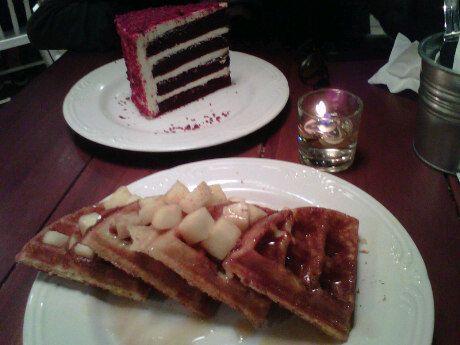Apple pie + red velvet