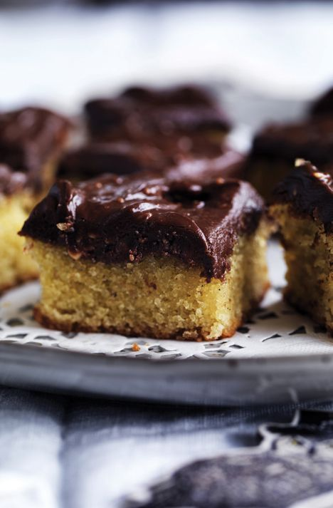 Mandelkage med chokoladetopping - uden mel!