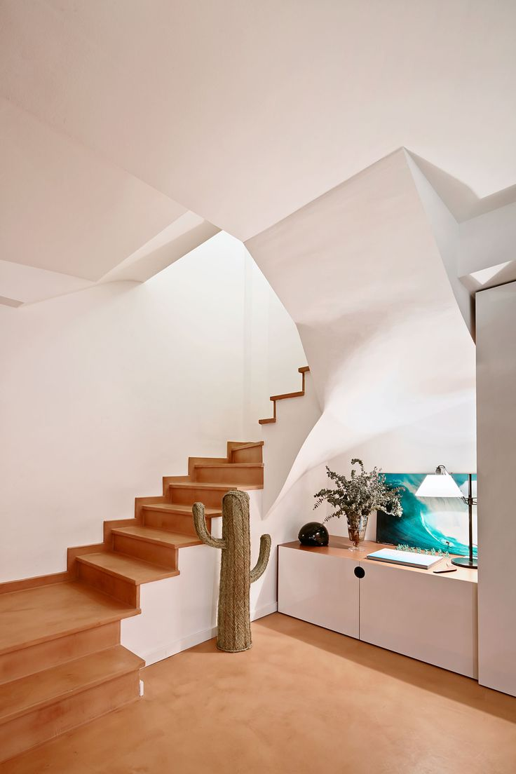 Clever Barcelona Apartment By Cirera Espinet Duplex ApartmentApartmentsSpanish InteriorVery CleverDesign FirmsCactusBarcelona ExperimentStaircases
