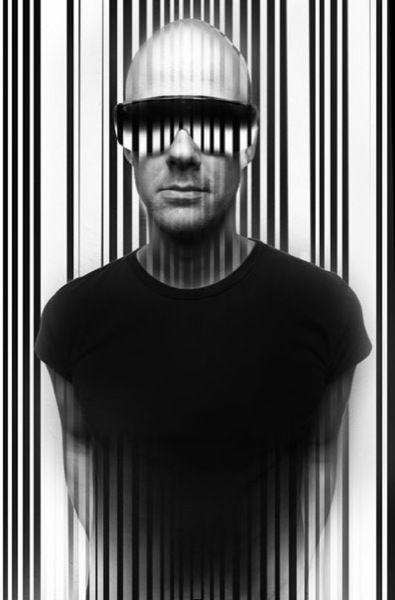 ADAM BEYER. #blackandwhite #art http://www.pinterest.com/TheHitman14/black-and-white/