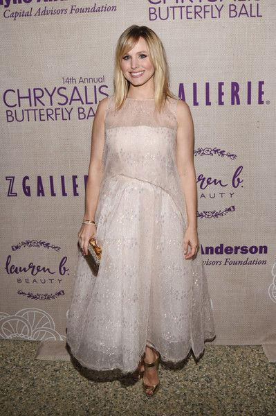 Kristen Bell Photos - Actress Kristen Bell attends the 14th annual Chrysalis Butterfly Ball sponsored by Audi, Kayne Anderson, Lauren B. Beauty and Z Gallerie on June 6, 2015 in Los Angeles, California. - 14th Annual Chrysalis Butterfly Ball Sponsored by Audi, Kayne Anderson, Lauren B. Beauty And Z Gallerie - Inside