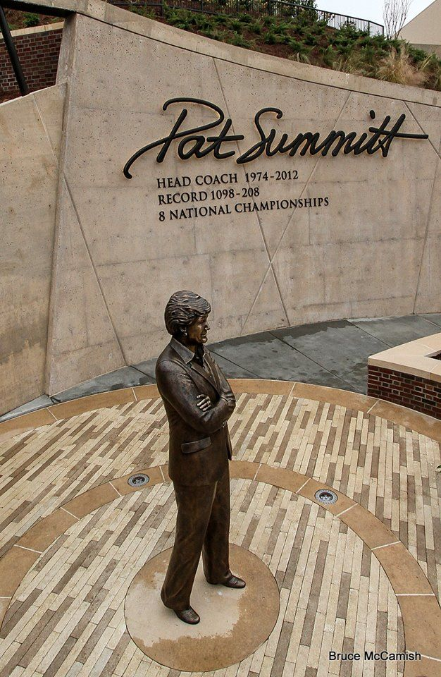 The legend in bronze #Tennessee #VOLS #PATSUMMITT