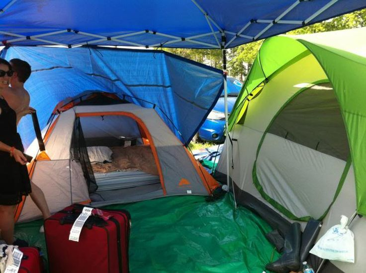 Show us your campsite | Inforoo.com™ - Bonnaroo 2015...some good ideas, how to set up a tarp over your tent in case of rain