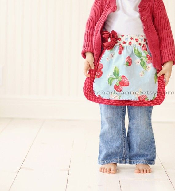 oh.so.cute! by Charlaane on etsy. #girls #apron #kids