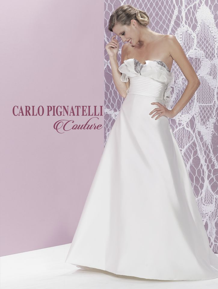 "Model ""Luigia"" - Carlo Pignatelli Couture 2015. #carlopignatelli #couture #sposa #bride #weddingdress #bridalgown #weddingday #matrimonio #madeinitaly"
