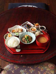 古民家カフェ 「つどい処えん」さんの和食で癒されました! | ぐりんくねっと 札幌・北海道の子どもと親・応援サイト