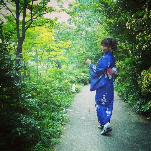 東京 六本木毛利庭園にて。