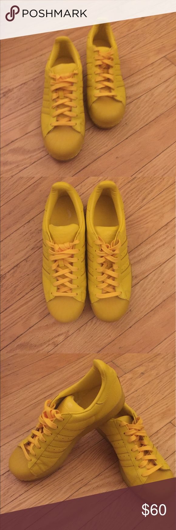 Adidas sneakers men's 9 1/2 women's 10 1/2 Yellow Adidas shell-tops worn only twice Adidas Shoes Sneakers