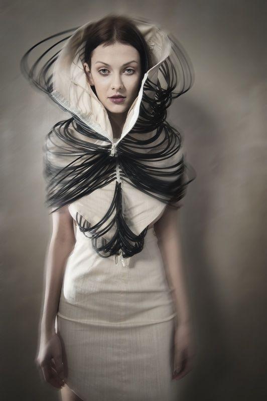 Sculptural Fashion - dress design with draped cord & oversized collar; artistic fashion // Magdalena Arlukiewicz