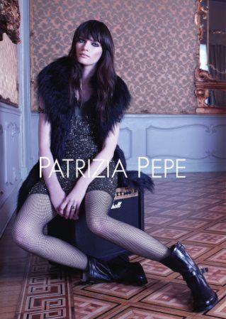 La Collezione Autunno inverno 2013 2014 di Patrizia Pepe: spirito classico e innovazione contemporanea  #patriziapepe #clothes #abiti #abbigliamento #moda #fashion #moda2014 #springsummer #primaveraestate