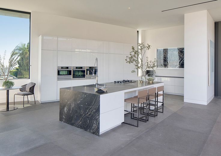 """LOS ANGELES, """"1442 TANAGER WAY"""" VILLA 
