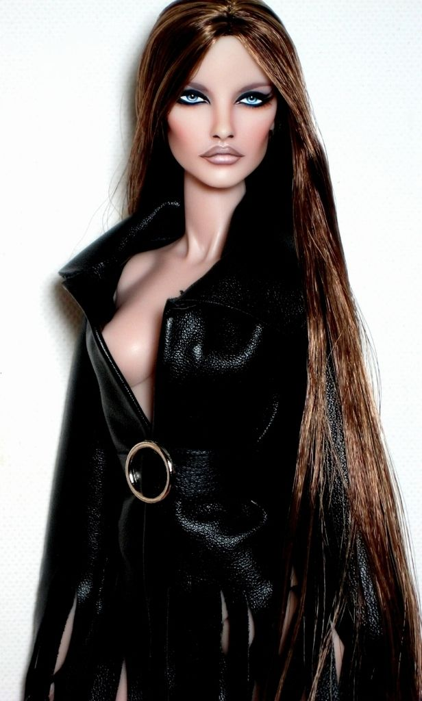 OOAK Fashion Royalty Integrity Most Wanted Elise Jolie ...